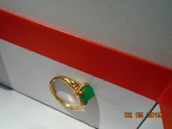 Karmos zöld köves,aranyozott gyűrű
