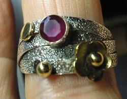 925 ezüst gyűrű 19,3/60,6 HU, rubinnal