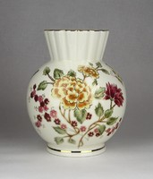 0W467 Régi vajszínű Zsolnay porcelán váza 17.5 cm