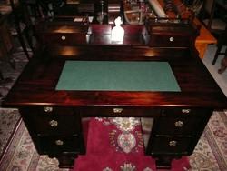 Álomszép antik biedermeier vastag dió svartnis kis méretű női építményes íróasztal 1850 környéke
