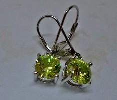 Szép  ezüst fülbevaló peridot zöld kövekkel