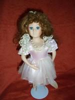 Porcelán balerina baba: Leonardo Collectors