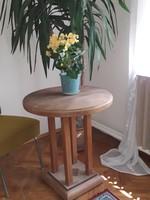 Méhviasz + régi oszlopos asztal, szobortartó, posztamens