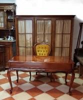 Restaurált antik neobarokk íróasztal
