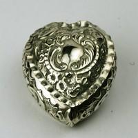 Angol díszes szív alakú ezüst szelence ékszeretartó 1880