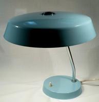 Szép színű asztali lámpa