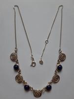 Ezüst nyakék lápisz lazuli kövekkel