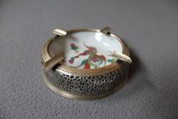 Porcelán betétes kínai hamutartó, hamutál