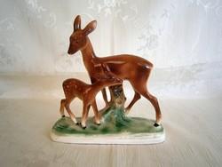 Gyönyörű és ritka Sitzendorf porcelán, fajansz őzek, őz mama gidájával
