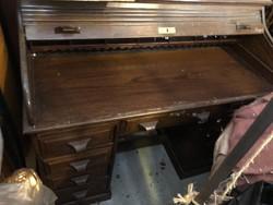Bécsi felépítményes redőnyös íróasztal