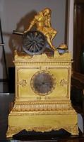 Barokk kétfelhúzós tűzaranyozott kandalló óra XIX. szd. eleje!