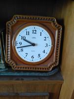 Mázas kerámia fali óra