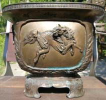 Japán bronz kaspó a Meiji korból