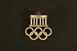 Zománcos Olimpiai Jelvény 1936 Berlin Paulmann & Crone Lüdenscheid