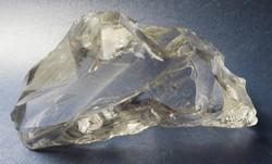 Levélnehezék üvegből, majdnem 1 kg