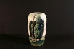 1910. Heubach Tájképes Váza 17,5cm Tópart Jelenetes Porcelán Hibátlan