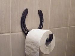 Antikolt toalett papír tartó patkó