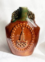 Orosz olimpia kerámia flaska, 18 cm.