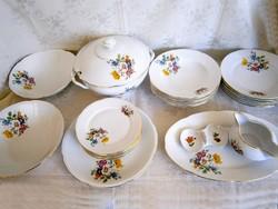 Régi, de szép állapotú Titov Velves 6 személyes 25 darabos porcelán étkészlet (2 készlet van belőle)