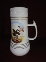 Hollóházi porcelán sörös korsó , 22,5  cm magas (madarat  ábrázoló kép), egy literes.