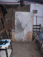 Pince, vagy Kazán-ajtó, vasból, 143 x 83 cm