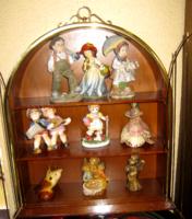 Kalitka madár figurákhoz gyűjtemény tartó  szekrény vitrin