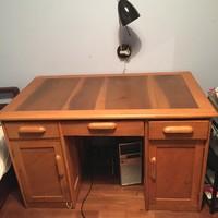 Amerikai típusú art deco jellegű  felújított íróasztal eladó