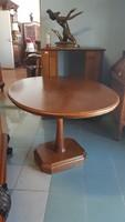 Bükkfa ovális étkezőasztal eladó