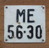 Régi motor rendszám