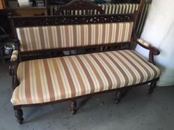 Ónémet kanapé, restaurált Bp-re ingyen szállítással