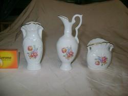 Három darab porcelán kis váza, ibolyaváza