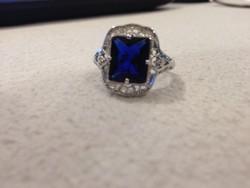 Ezt igazi női gyűrű