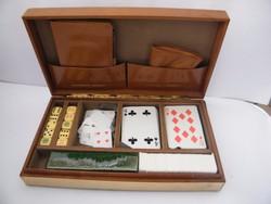 Régi kártyajáték dobozban