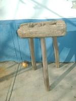 Régi paraszti három lábú szék - fenyő