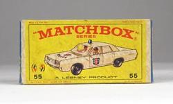 0X323 MATCHBOX Superfast Police car doboz