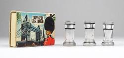 0X359 Antik miniatűr fújtüveg poharak 2.7 cm