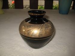 Retró üveg váza   a 60 as évekből     11  x 11 cm