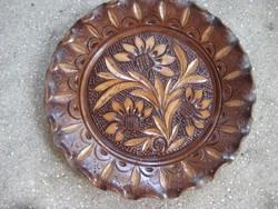Különleges korondi fa utánzatú kerámia tányér