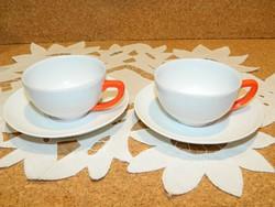 Zsolnay kávés csészék párban.