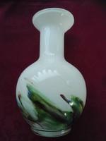 Egyedi, kézi készítésű üveg váza, 18,5 cm magas