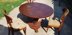 Korabeli felnyitós bieder szalon asztal +3 db eredeti szék...