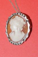 Régi ezüst nyaklánc camea függővel