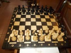 Nagyméretű fa sakk készlet