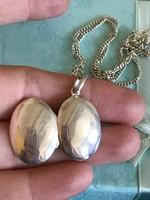 Szépséges ezüst nyitható medálos ezüst nyaklánc