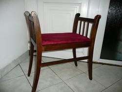 Antik, szecessziós kis szófa / ülőke / szék az 1910-es évekből új bársony kárpittal, teljesen stabil