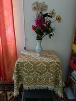 Antik óarany színű rojtos terítő szövött asztalterítő