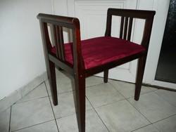 Szecessziós eredeti antik  kis szófa / ülőke / szék az új bársony kárpittal, teljesen stabil állapot