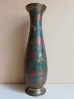 Gazdagon díszített színezett kecses indiai réz váza