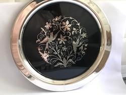Ezüst és zománc díszítésű ezüstözött tál madaras mintával, jelzett Oneida