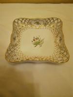 Herendi hecsedli, csipkebogyó mintás porcelán áttört négyzet alakú kínáló tál